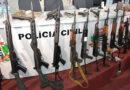 Polícia apreende 25 fuzis com quadrilha