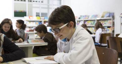 Colégio Divino estimula leitura de livros