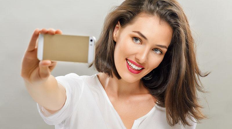 Fazer selfie da urna eletrônica está proibido