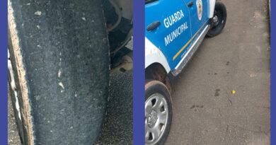 """Viaturas da Prefeitura de Itatiba circulam com pneus """"carecas"""""""