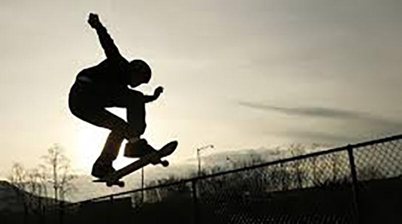 Prefeitura abre cursos de skate e karatê