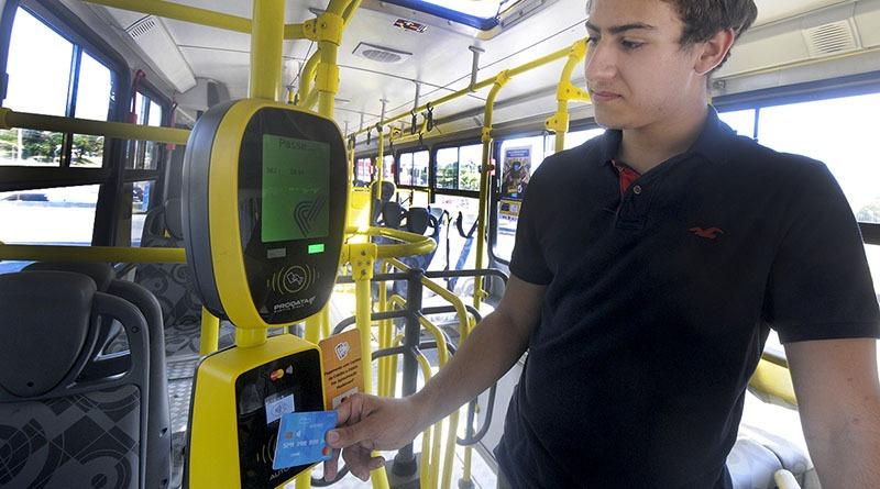 Prefeito nega aumento da tarifa dos ônibus em R$ 4,50