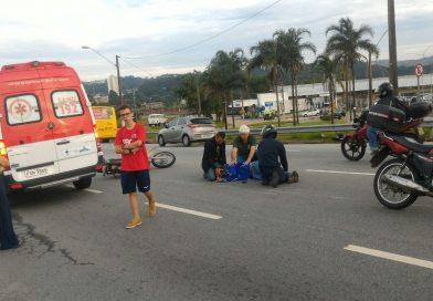 Motociclista sofre acidente