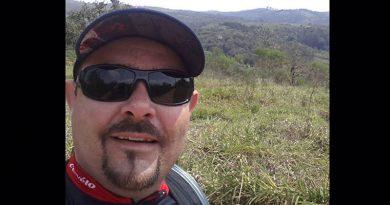 Professor morre em acidente de moto