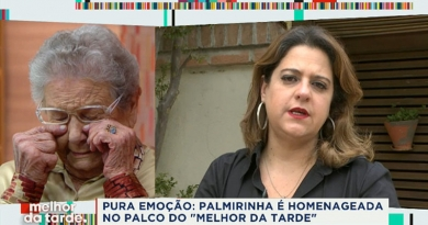 Palmirinha é homenageada por Cátia Fonseca e se emociona