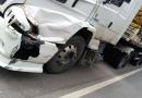 Motociclista morre ao bater em carreta