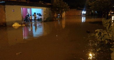 Prefeitura presta auxílio às famílias atingidas por enchentes