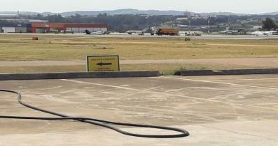 Avião sai da pista após pouso em Jundiaí
