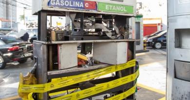 Posto é flagrado com combustível adulterado