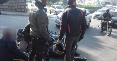 Acidente no Vianelo com moto