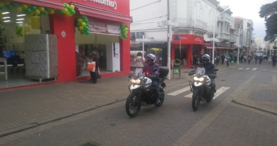 Guarda usa motos novas no Centro