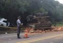 Acidente deixa trânsito lento na Estrada Velha