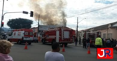 Incêndio em imóvel da Vila Argos mobiliza bombeiros