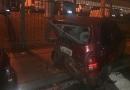 Saveiro bate em quatro carros
