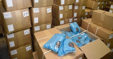Educação faz entrega final dos kits de uniformes