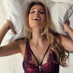 Miss Mundo Surda, Thaisy Payo faz belíssimo ensaio de lingerie