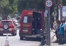 Bombeiros socorrem motociclista ferido