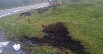 Jovem sofre queimaduras após explosão de moto