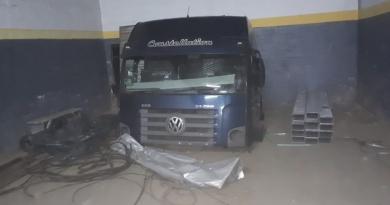 TOR acha em Itatiba desmanche de caminhões