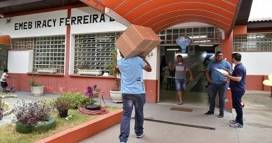 Jundiaí inicia entrega de uniformes escolares para 2019