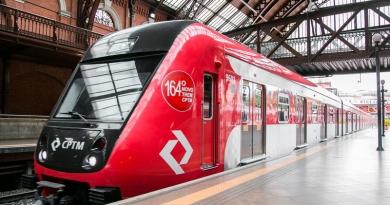 CPTM entrega mais dois novos trens à Linha 7-Rubi