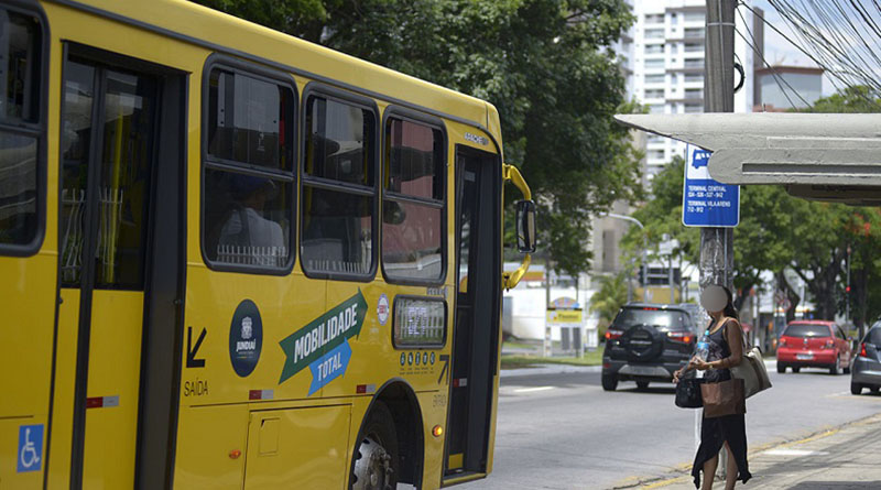 Tarifa dos ônibus terá reajuste neste domingo