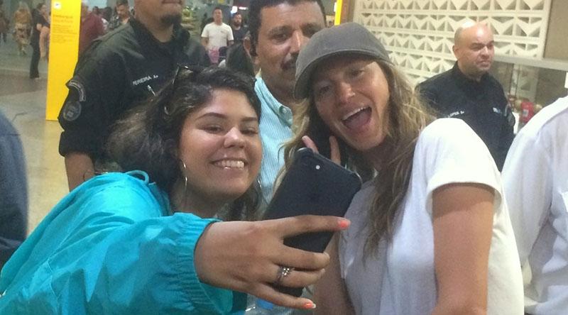 Olha a selfie com a Gisele Bündchen