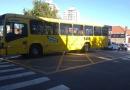 Carro e ônibus batem em cruzamento de Jundiaí