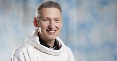 Padre Marcelo condenado por copiar texto em livro