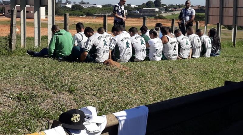 Palmeirenses presos por roubarem santistas