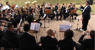 "Orquestra de Metais traz concerto ""Soy Loco por Ti América"""