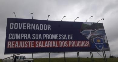 Policiais cobram Doria por aumento salarial