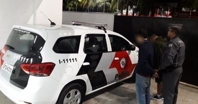 Polícia Militar prende chilenos durante furto