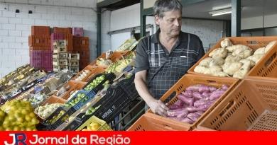 Banco de Alimentos garante comida no prato