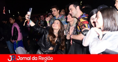 Larissa Manoela atrai atenção dos fãs