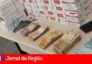 PM apreende R$ 7 mil e carga de cigarros falsificados