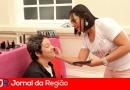 Sessão de maquiagem alegra Quimioterapia do São Vicente