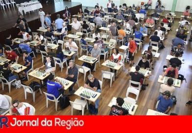 Circuito Solidário de Xadrez reúne 250 jogadores