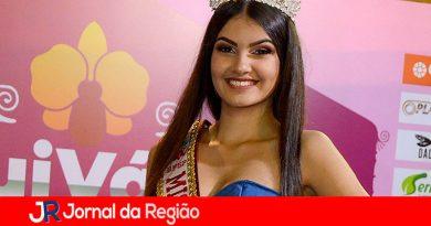 Laura, de 14 anos, é eleita Miss Brasil Universe