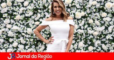 Solange Frazão participa de evento em SP