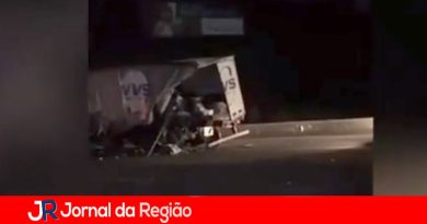 Acidente com três carretas deixa 6 feridos