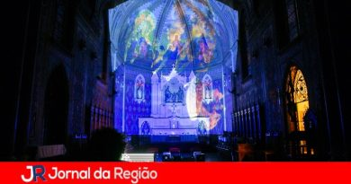 Catedral recebe tradicional espetáculo de luzes